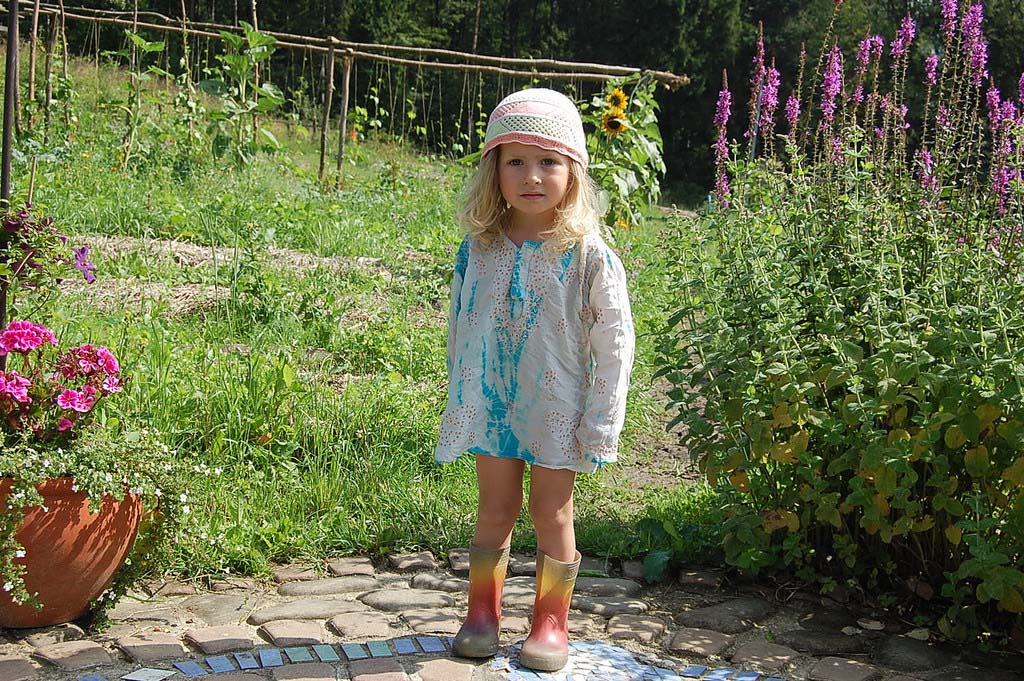 Alana garden fairy_12221886905_l