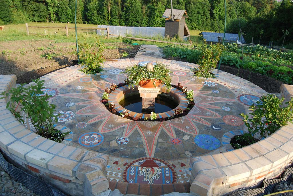 Mandala Mosaic by Aaron Kidd_14569586643_l